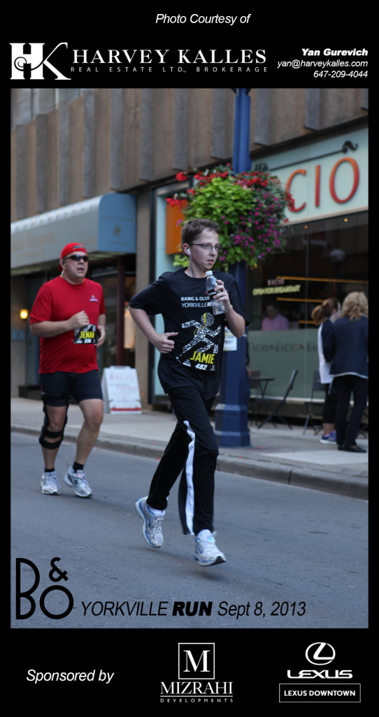 Jamie gets his hustle on at the Yorkville Run to benefit YWCA Toronto shelters.