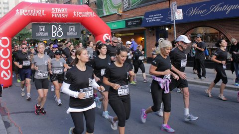 Several runners commencing the race at a B&O Yorkville Run